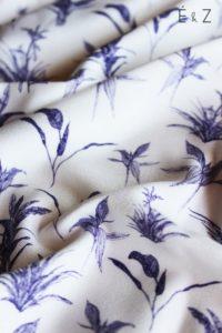 crepe-de-viscose-botanicatissu-couture-diy-sewing-mode-coudre-bleu-plantes-feuilles-fleurs-vegetal