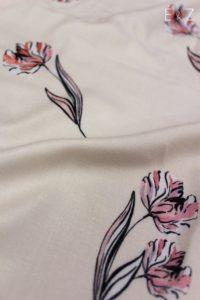 viscose-nude-renoncule-rose-fleurs-plantes-tissu-couture-habillement-diy-sewing-mode-coudre-vetements